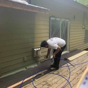 spraying-back-of-home-in-south-bend
